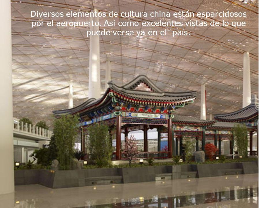 Diversos elementos de cultura china están esparcidosos por el aeropuerto.