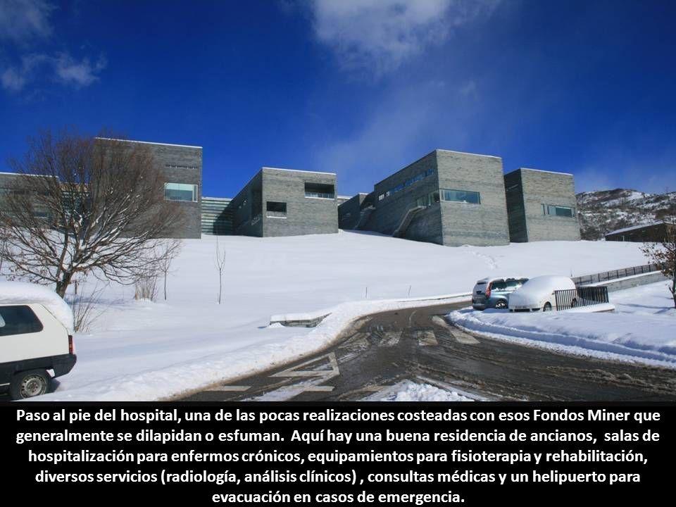 Paso al pie del hospital, una de las pocas realizaciones costeadas con esos Fondos Miner que generalmente se dilapidan o esfuman.