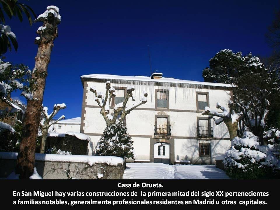 Casa de Orueta. En San Miguel hay varias construcciones de la primera mitad del siglo XX pertenecientes.