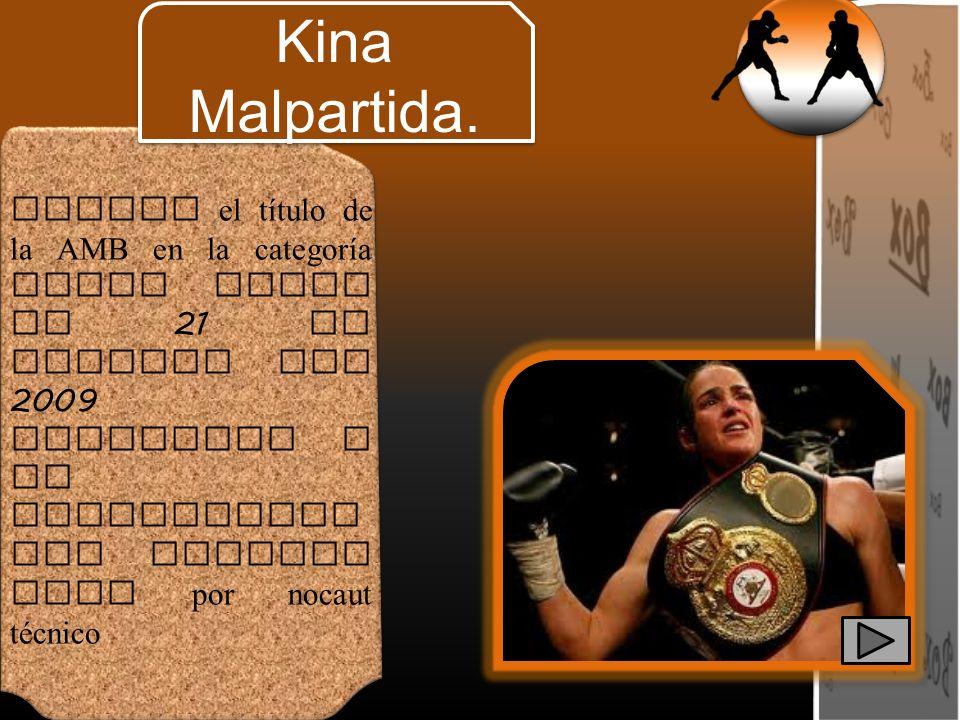 Obtuvo el título de la AMB en la categoría super pluma el 21 de febrero del 2009 venciendo a la estadounidense Maureen Shea por nocaut técnico