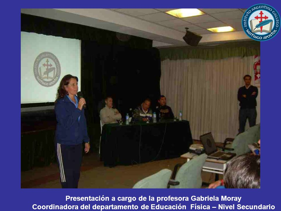 Presentación a cargo de la profesora Gabriela Moray