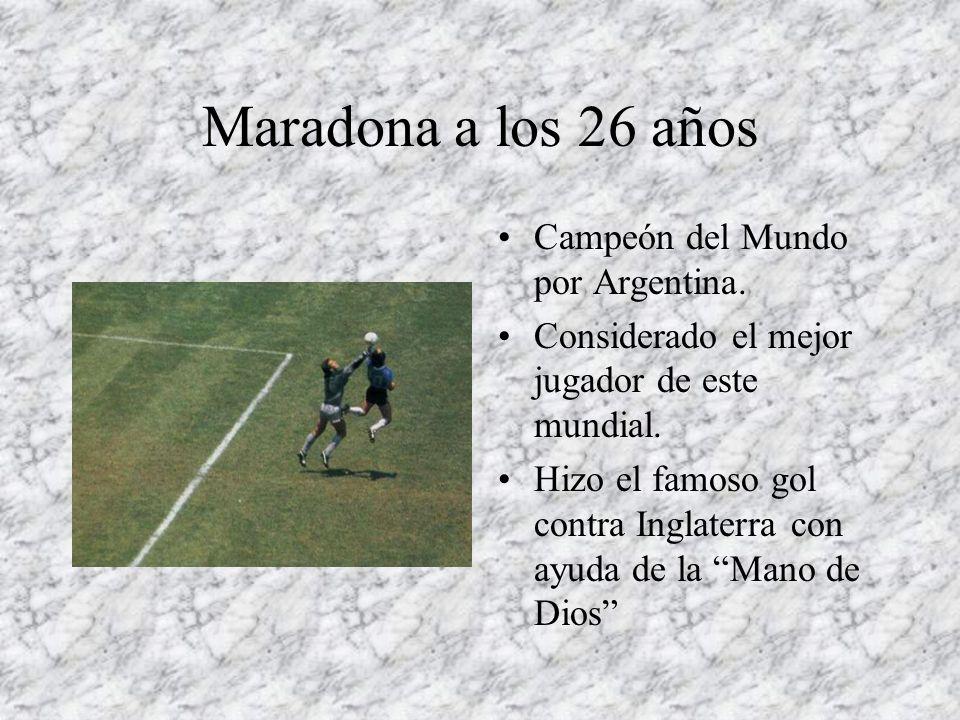 Maradona a los 26 años Campeón del Mundo por Argentina.