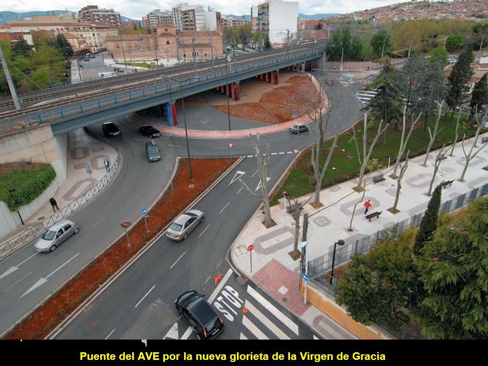 Puente del AVE por la nueva glorieta de la Virgen de Gracia