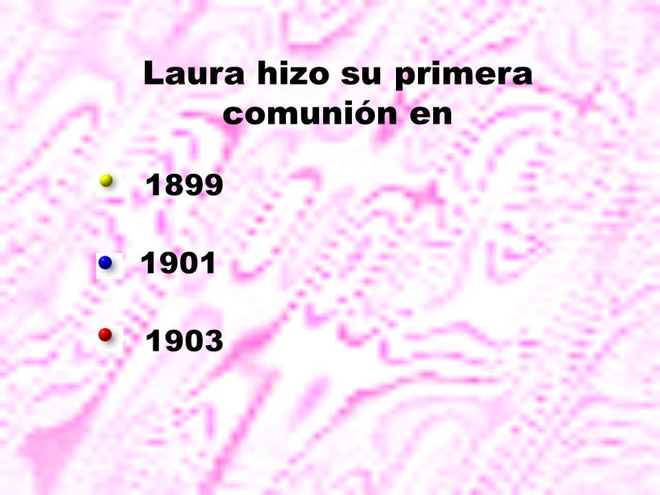 Laura hizo su primera comunión en