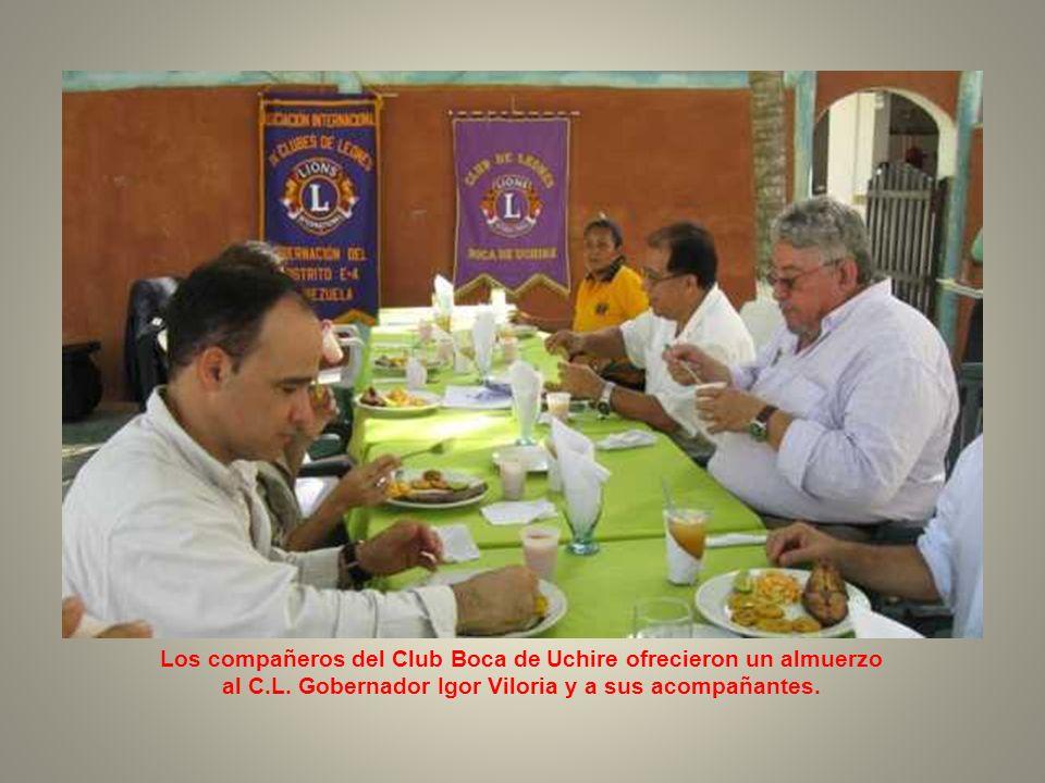 Los compañeros del Club Boca de Uchire ofrecieron un almuerzo