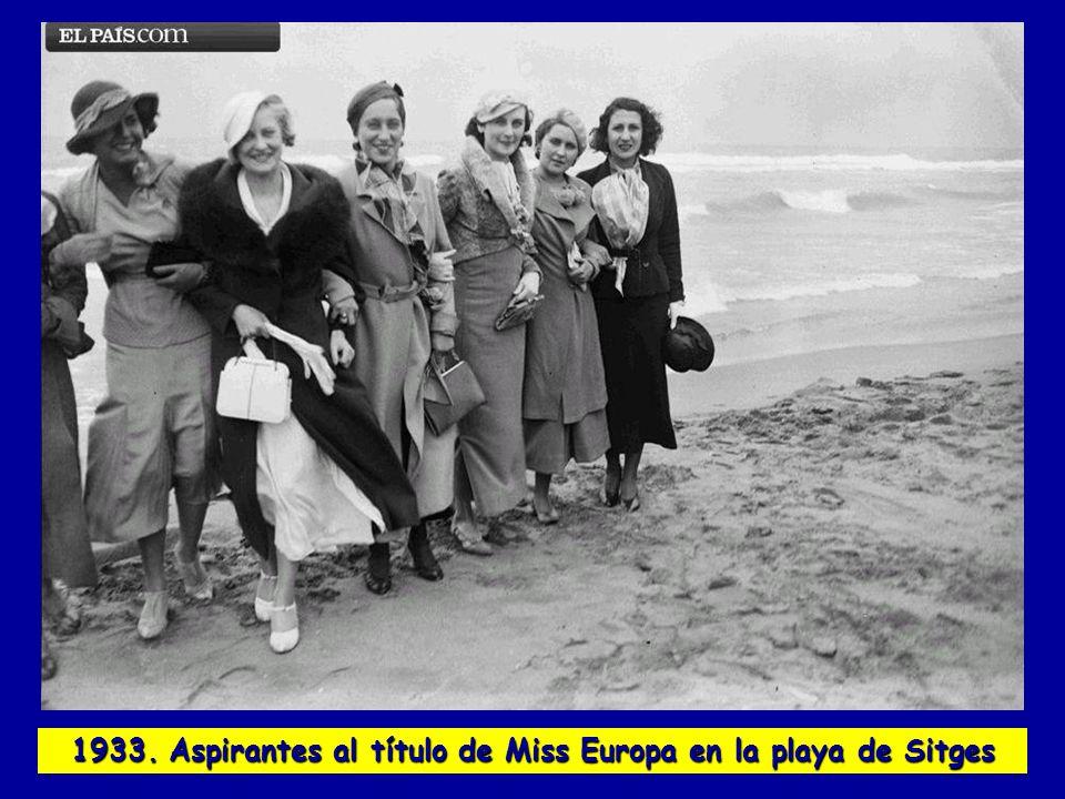 1933. Aspirantes al título de Miss Europa en la playa de Sitges
