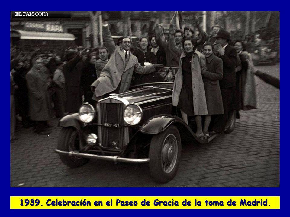 1939. Celebración en el Paseo de Gracia de la toma de Madrid.