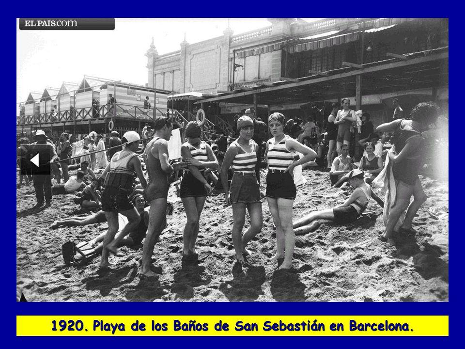 1920. Playa de los Baños de San Sebastián en Barcelona.