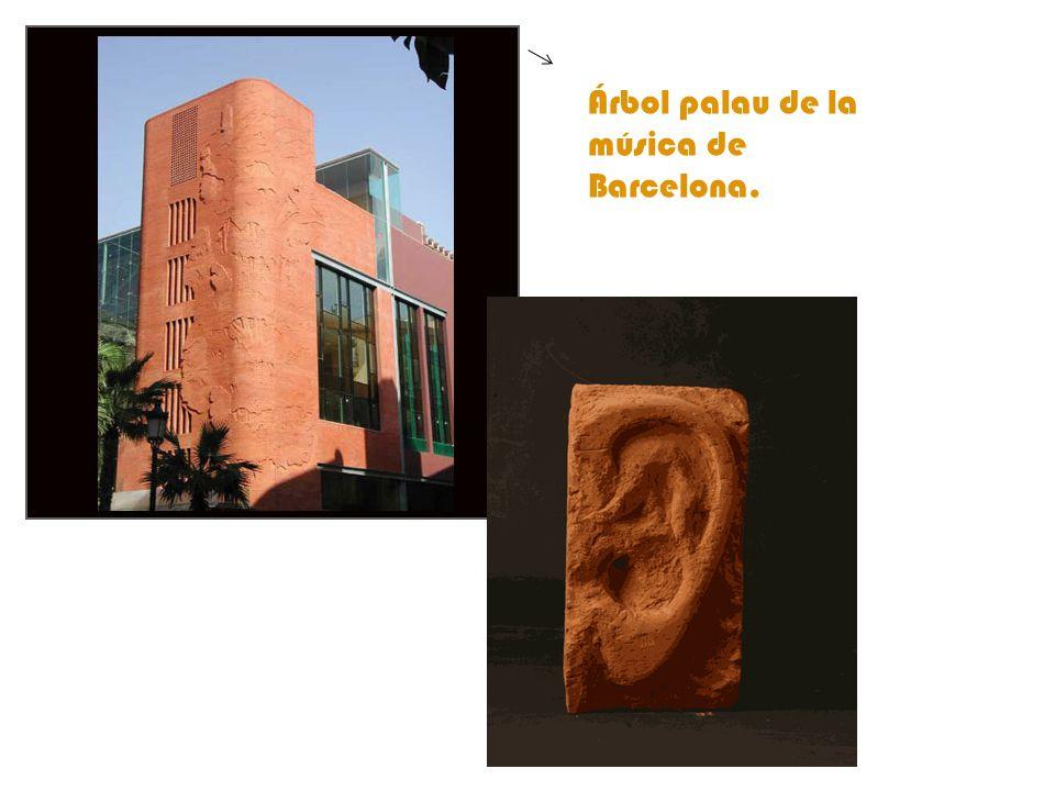 Árbol palau de la música de Barcelona.