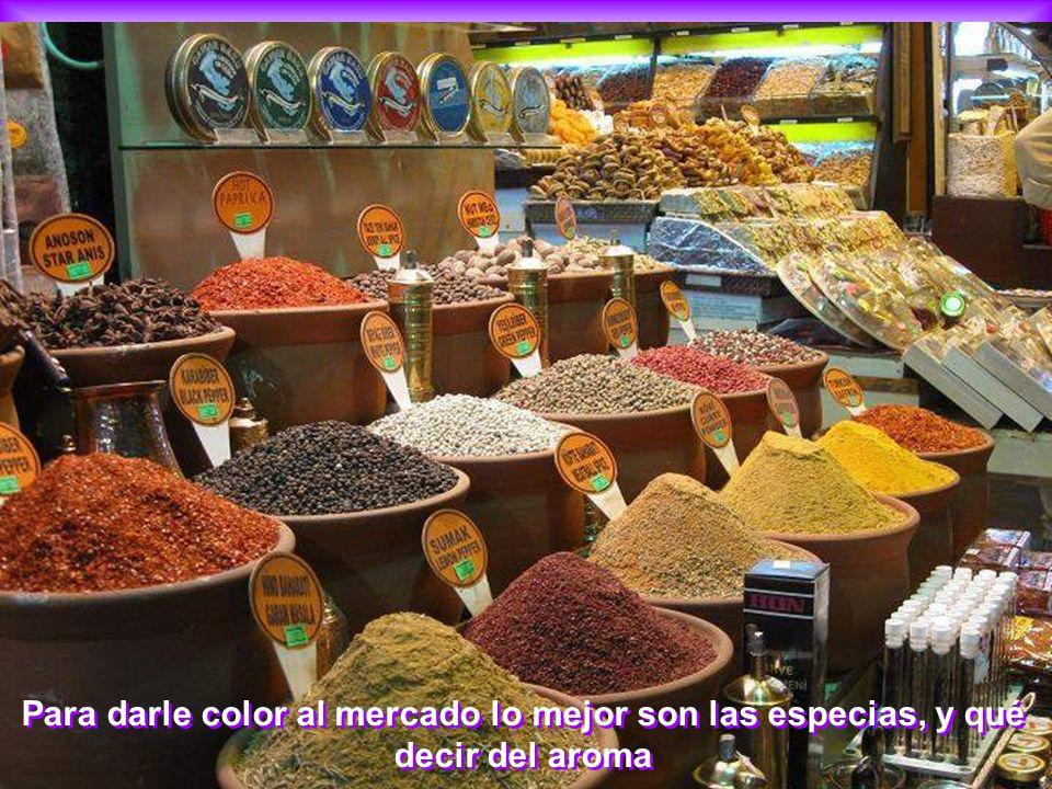 Para darle color al mercado lo mejor son las especias, y qué decir del aroma