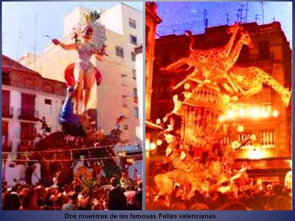 Dos muestras de las famosas Fallas valencianas