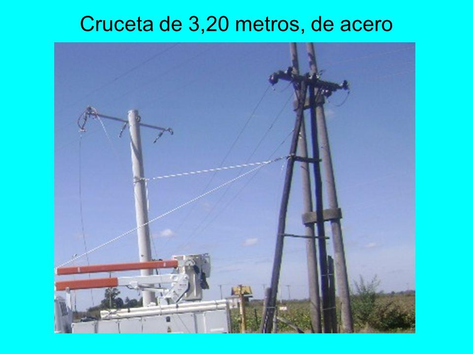 Cruceta de 3,20 metros, de acero