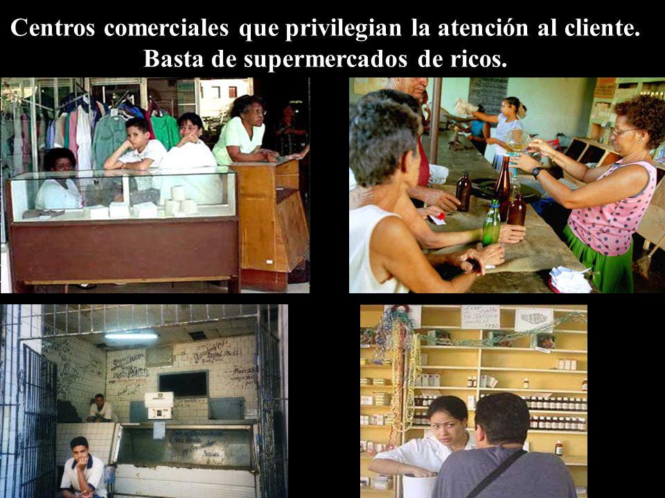 Centros comerciales que privilegian la atención al cliente.