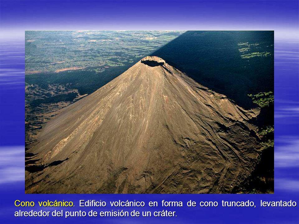 Cono volcánico.