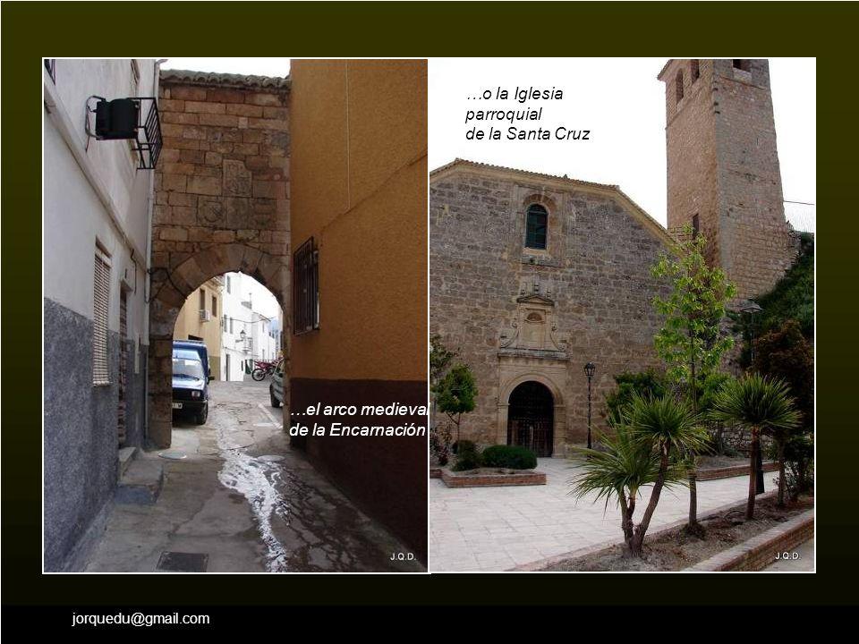 …o la Iglesia parroquial de la Santa Cruz