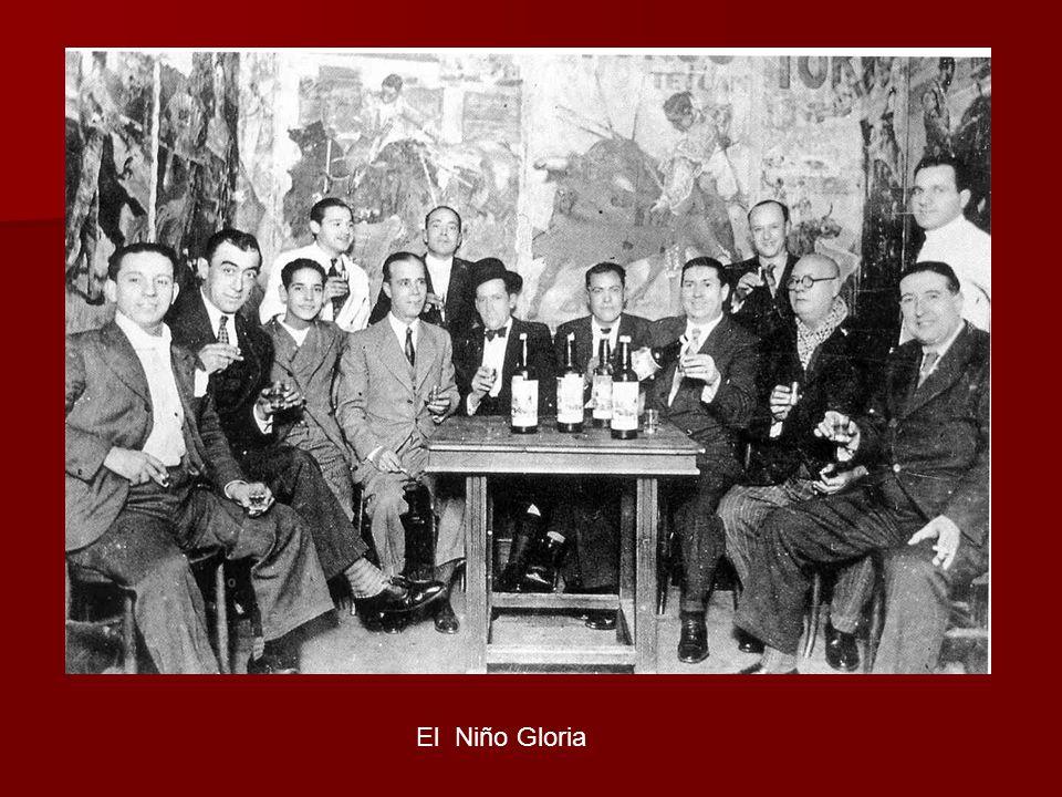 GLORIA, El Nombre artístico de Rafael Ramos Antúnez, originado por su interpretación en compás por bulerías de un villancico popular en el que se repite la palabra gloria. Jerez de la Frontera (Cádiz), 1893 _ Sevilla, 1954