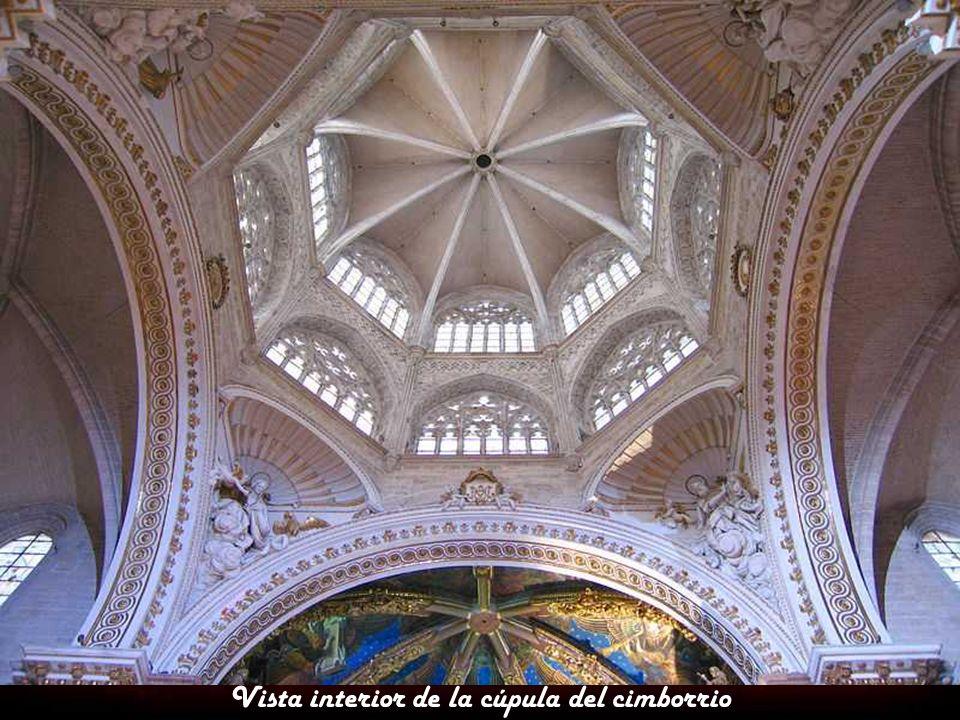 Vista interior de la cúpula del cimborrio