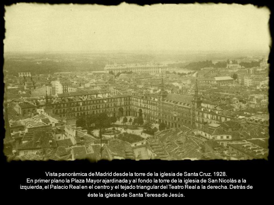 Vista panorámica de Madrid desde la torre de la iglesia de Santa Cruz