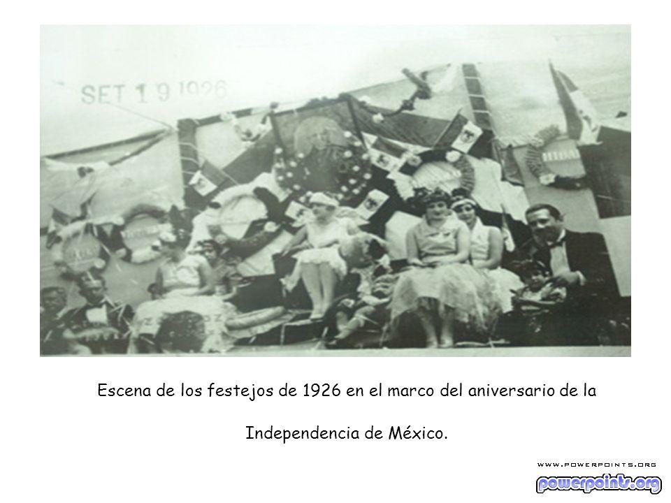 Escena de los festejos de 1926 en el marco del aniversario de la Independencia de México.