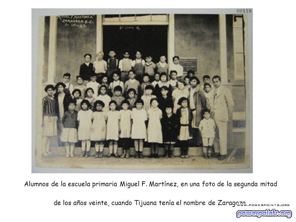 Alumnos de la escuela primaria Miguel F