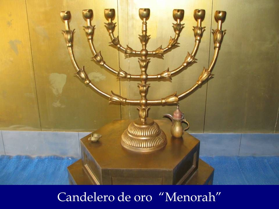Candelero de oro Menorah