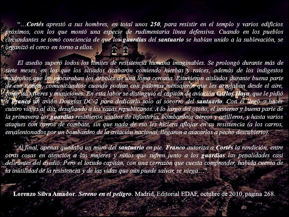 …Cortés aprestó a sus hombres, en total unos 250, para resistir en el templo y varios edificios próximos, con los que montó una especie de rudimentaria línea defensiva. Cuando en los pueblos circundantes se tomó conciencia de que los guardias del santuario se habían unido a la sublevación, se organizó el cerco en torno a ellos.
