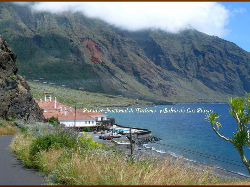 Parador Nacional de Turismo y Bahía de Las Playas