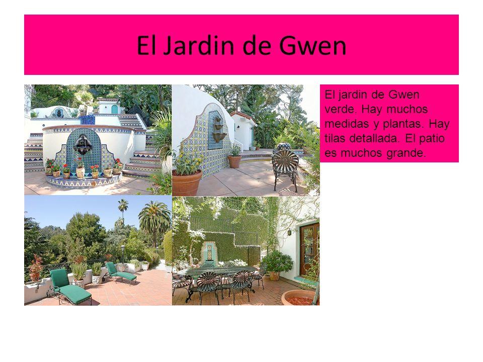El Jardin de Gwen El jardin de Gwen verde. Hay muchos medidas y plantas.