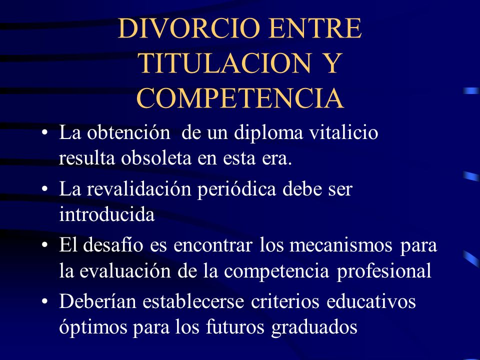 DIVORCIO ENTRE TITULACION Y COMPETENCIA
