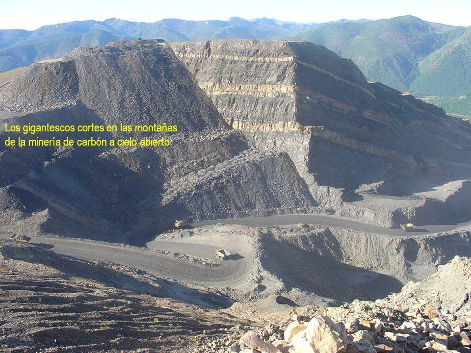 Los gigantescos cortes en las montañas de la minería de carbón a cielo abierto