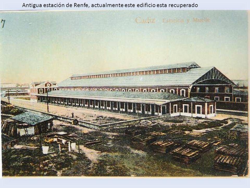 Antigua estación de Renfe, actualmente este edificio esta recuperado