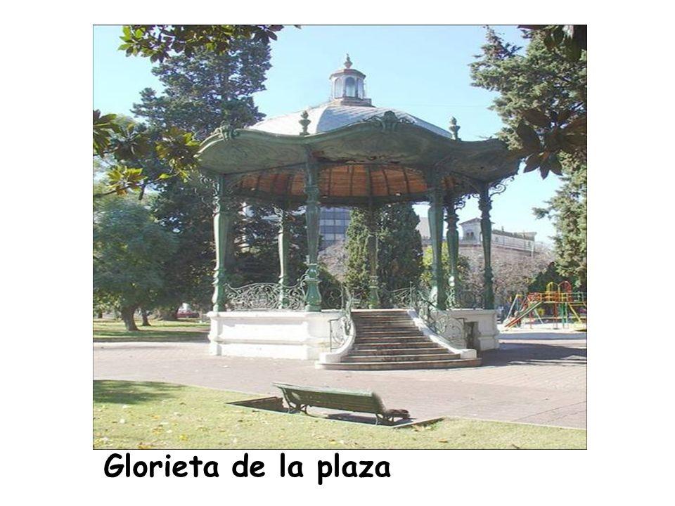 Glorieta de la plaza