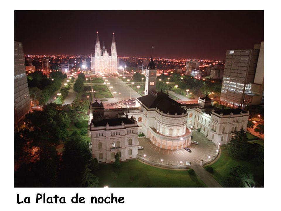 La Plata de noche