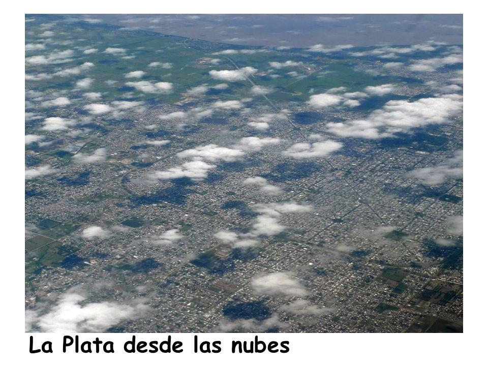 La Plata desde las nubes