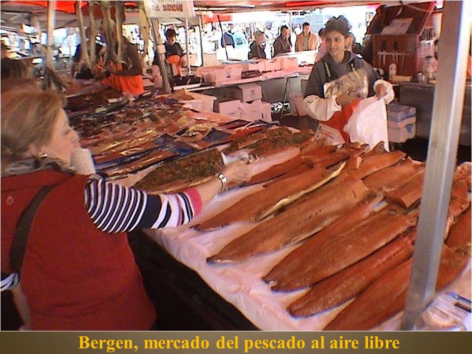 Bergen, mercado del pescado al aire libre