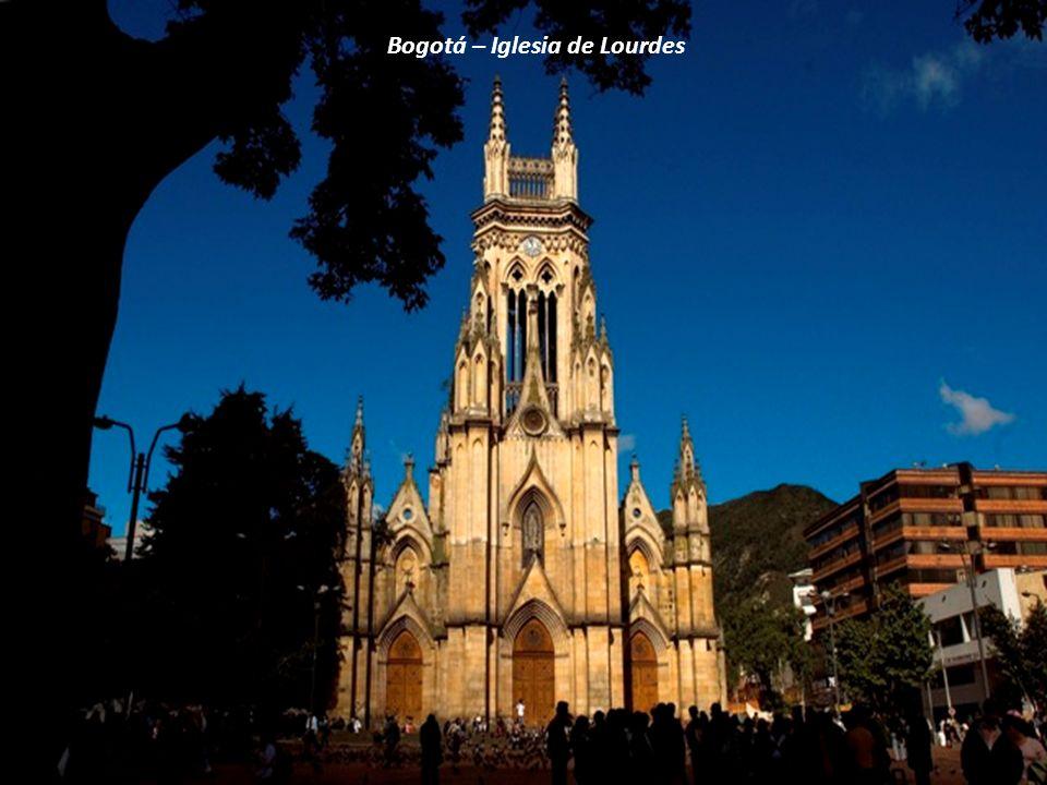 Bogotá – Iglesia de Lourdes