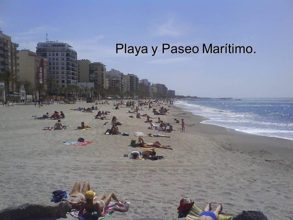 Playa y Paseo Marítimo.