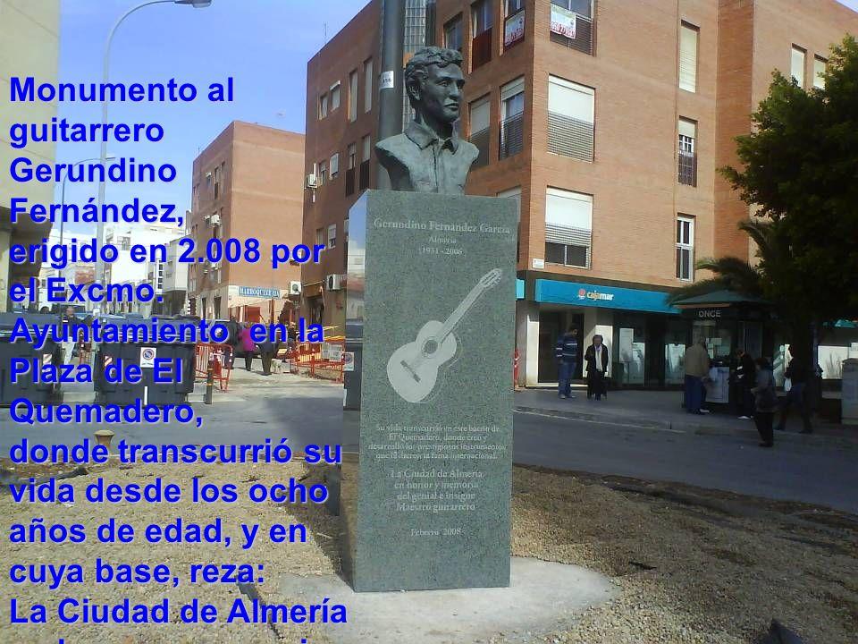 Monumento al guitarrero Gerundino Fernández, erigido en 2