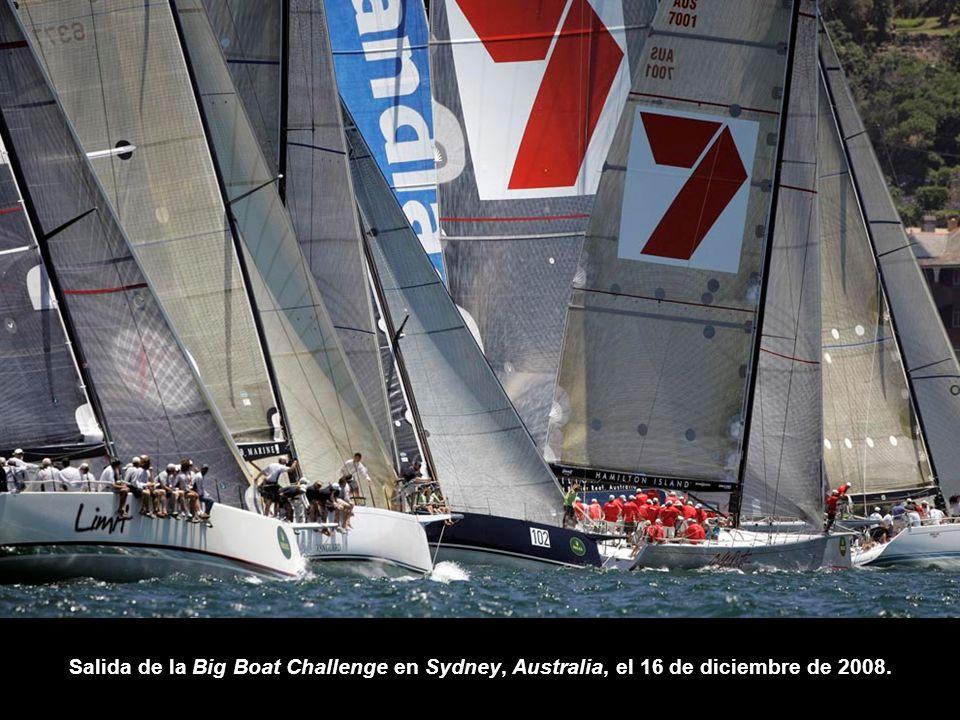 Salida de la Big Boat Challenge en Sydney, Australia, el 16 de diciembre de 2008.