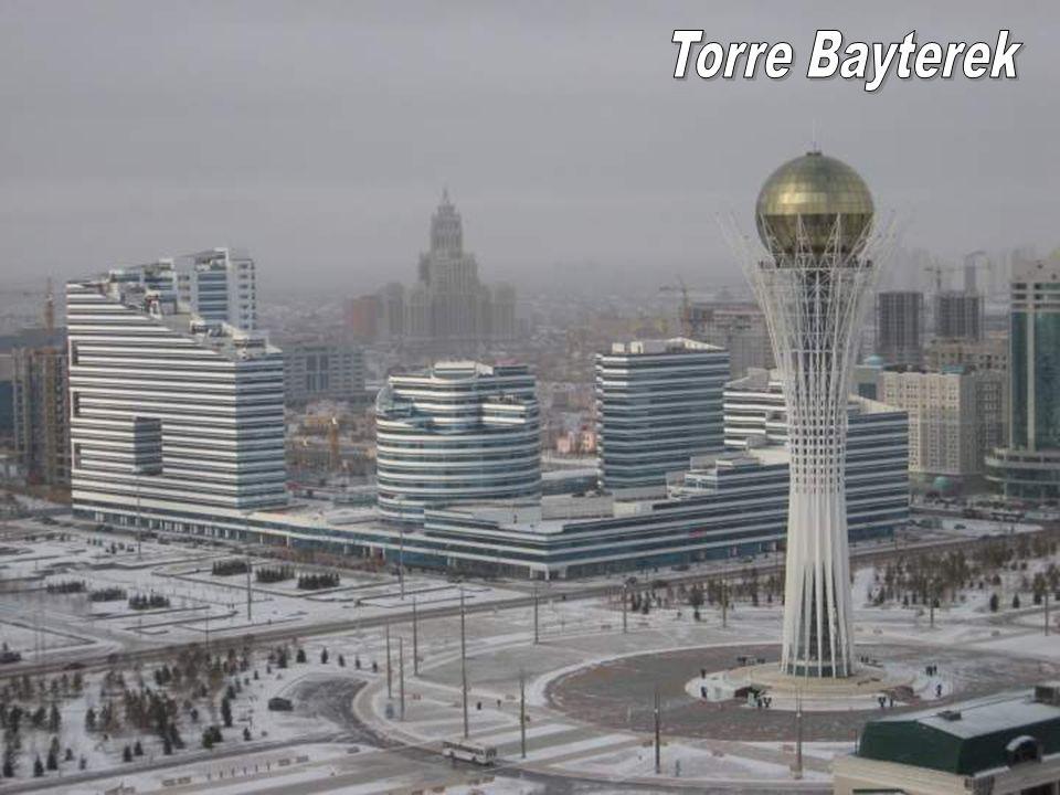 Torre Bayterek Torre Bayterek