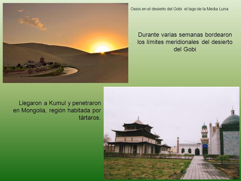 Oasis en el desierto del Gobi: el lago de la Media Luna