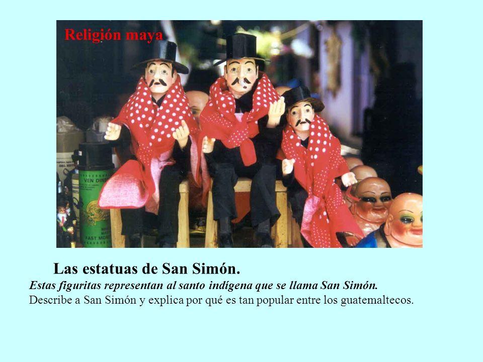 Las estatuas de San Simón.