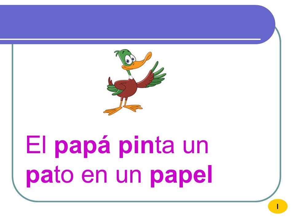 El papá pinta un pato en un papel