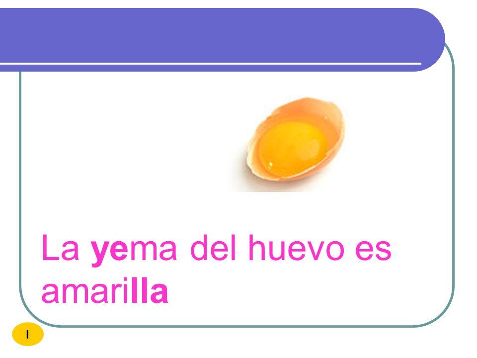 La yema del huevo es amarilla