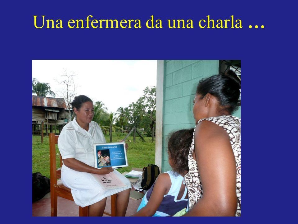 Una enfermera da una charla …