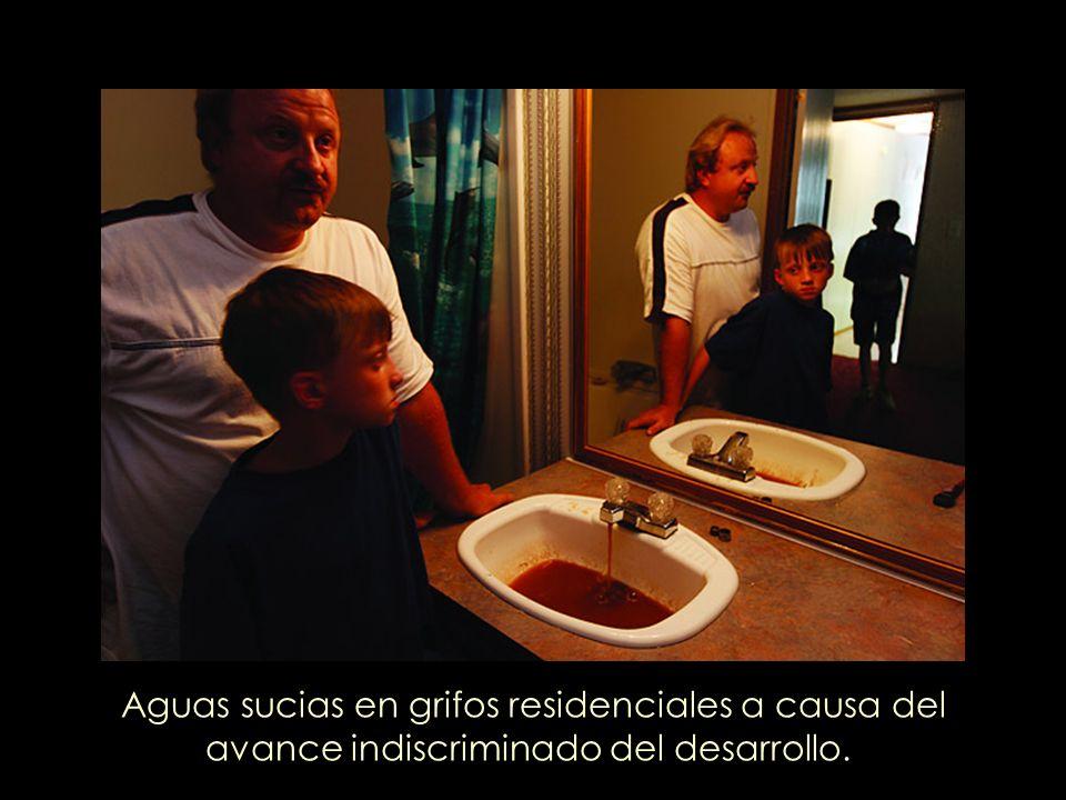 Aguas sucias en grifos residenciales a causa del