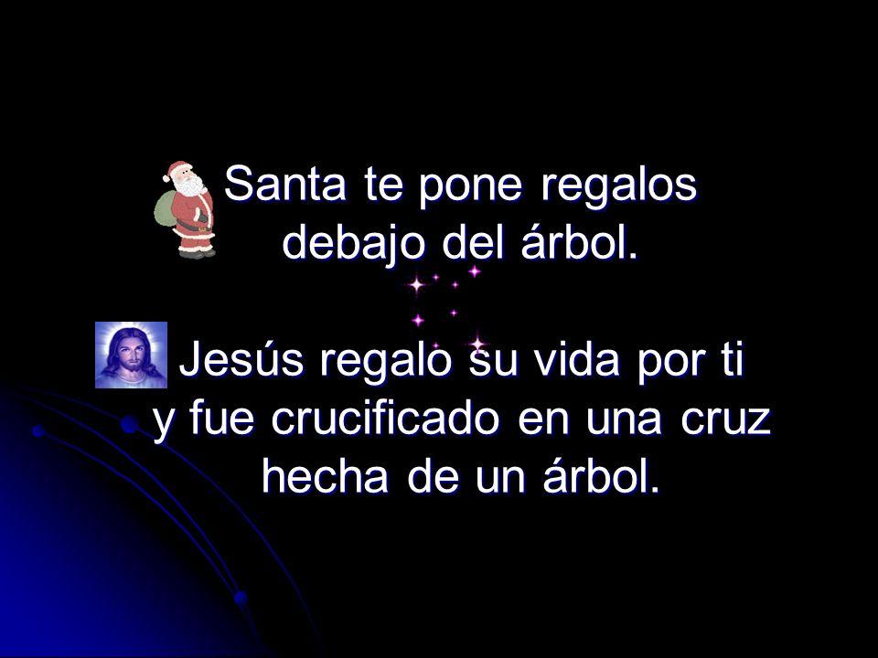 Santa te pone regalos debajo del árbol