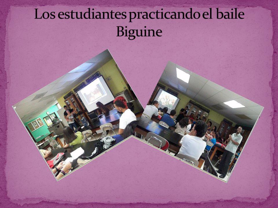Los estudiantes practicando el baile Biguine