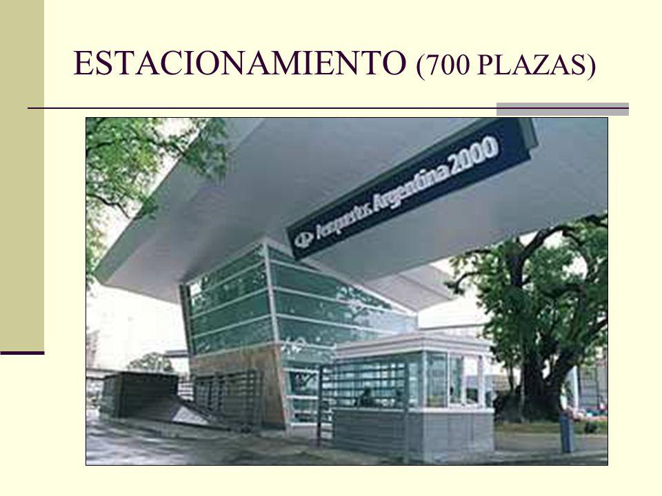 ESTACIONAMIENTO (700 PLAZAS)
