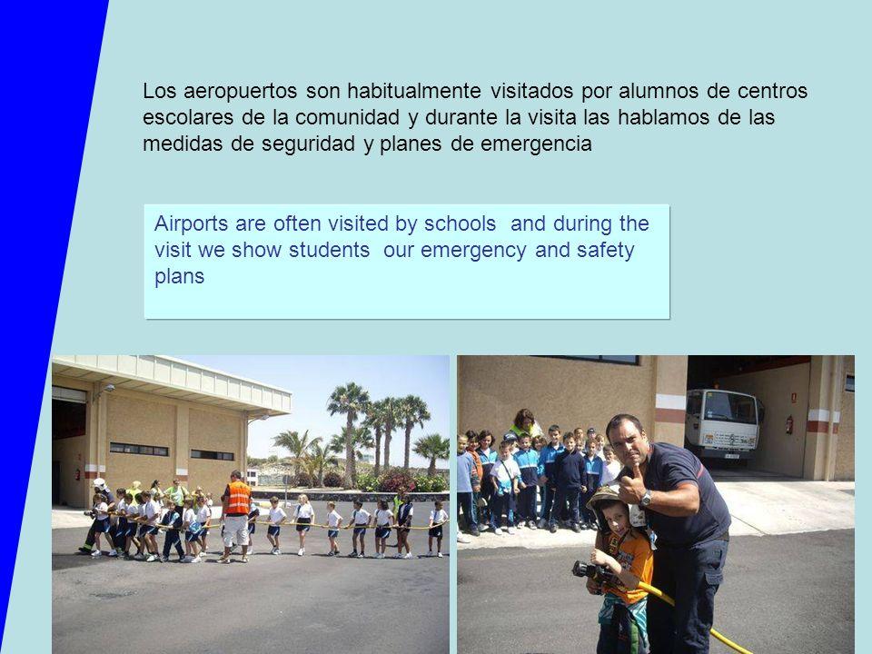 Los aeropuertos son habitualmente visitados por alumnos de centros escolares de la comunidad y durante la visita las hablamos de las medidas de seguridad y planes de emergencia
